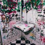 Meet Me In The Bathroom: il bagno di Tutti Fritti