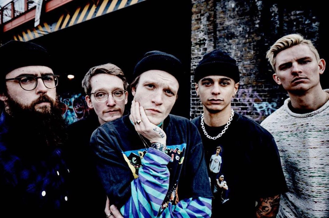 neck deep lowlife all distorsions are intentional